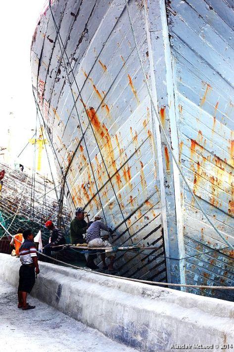 Caulking the hull