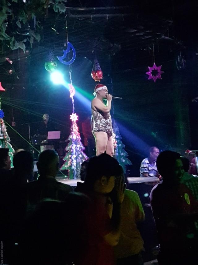 Marina Hotel disco act